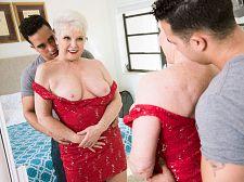 Jewel is 66. Her granddaughter's husband is Twenty four.