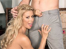 Alexis Fawx and the luckiest dude in the universe